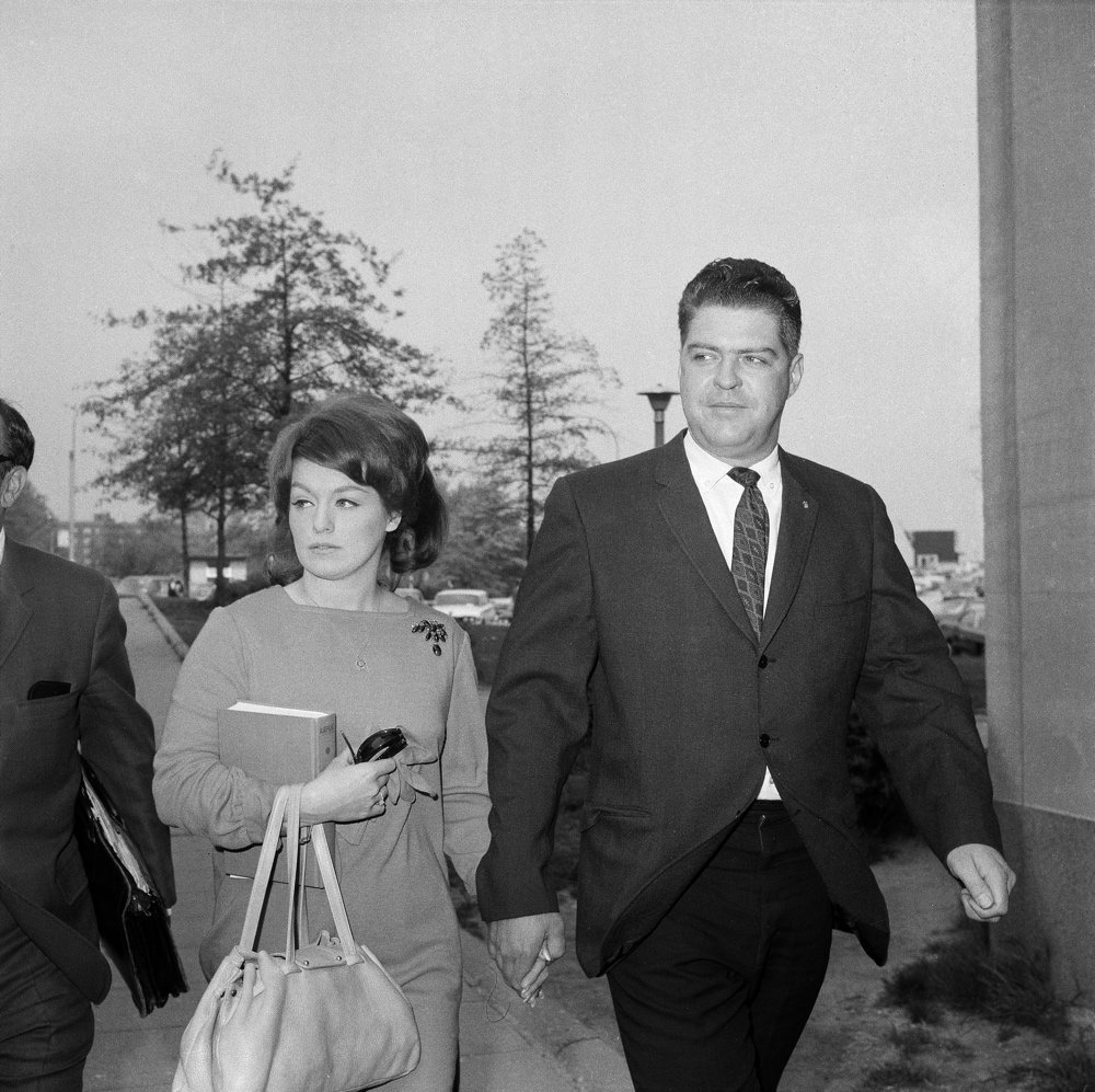 Alice Crimmins and her husband, Edmund, arrive for a session of her 1968 trial. (Image courtesy the AP)