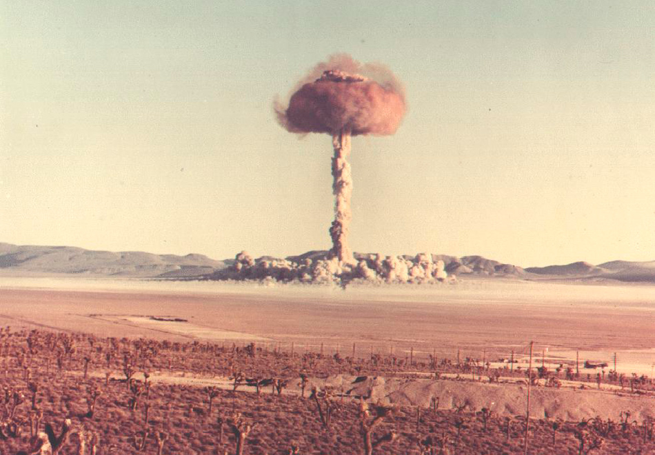 nuclear weapon and hiroshima Following a war between india and pakistan, in which 100 hiroshima-size (15 kiloton) nuclear weapons are detonated in the large cities of these nations, 5 million tons of smoke is lofted high into the stratosphere and is quickly spread around the world.