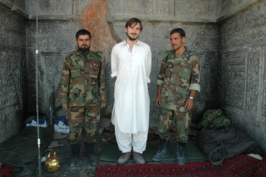 ||Graeme Smith in Kandahar, image via Canadian Committee for World Press Freedom