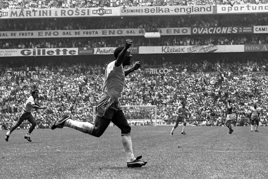 ||Pelé at the 1970 World Cup.