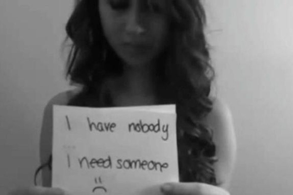 ||Image of Amanda Todd, a Canadian teenager who committed suicide