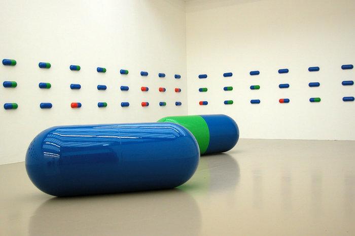 ||Installation by General Idea, at Biennale d'art contemporain de Lyon 2005