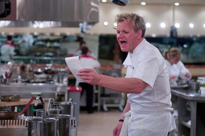 || Gordon Ramsay calling out an order to the brigade de cuisine